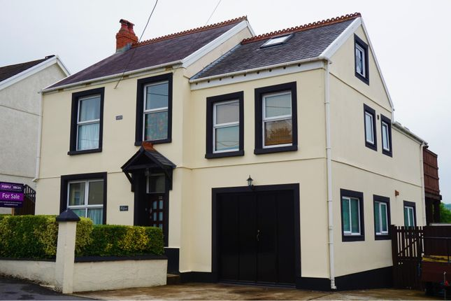 Thumbnail Detached house for sale in Llannon Road, Pontyberem