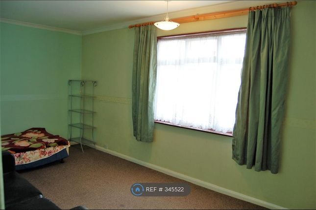 Thumbnail Flat to rent in Church Road, Hayes
