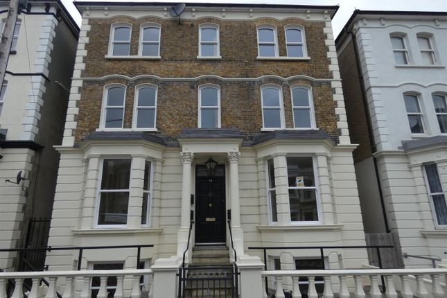 Thumbnail Flat to rent in Arthur Road, Cliftonville, Margate