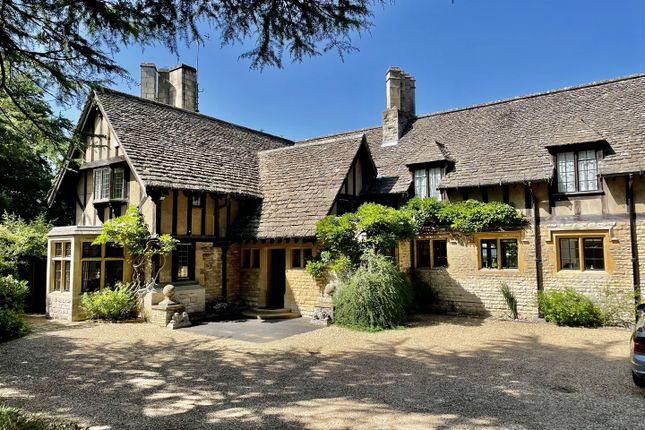 Thumbnail Detached house for sale in Fox Lane, Boars Hill, Oxford, Oxfordshire