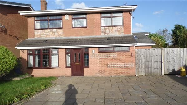 Thumbnail Detached house for sale in Walkers Lane, Penketh, Warrington