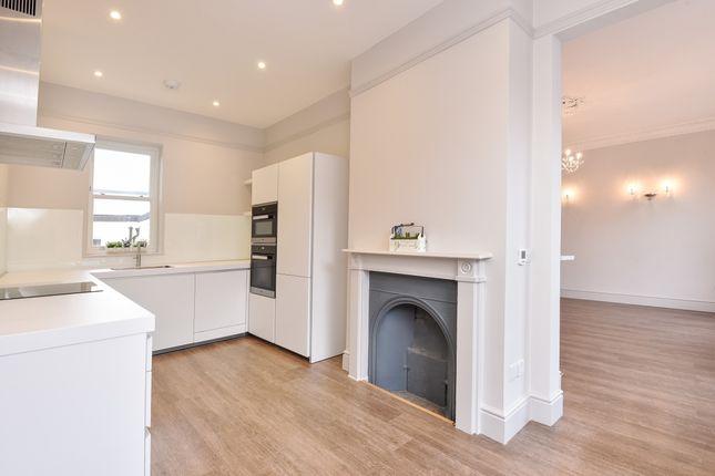 Thumbnail Flat to rent in Castle Street, Farnham