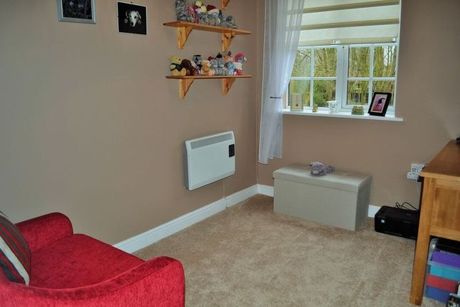 Photo 4 of Chilton Court, Maghull, Liverpool L31