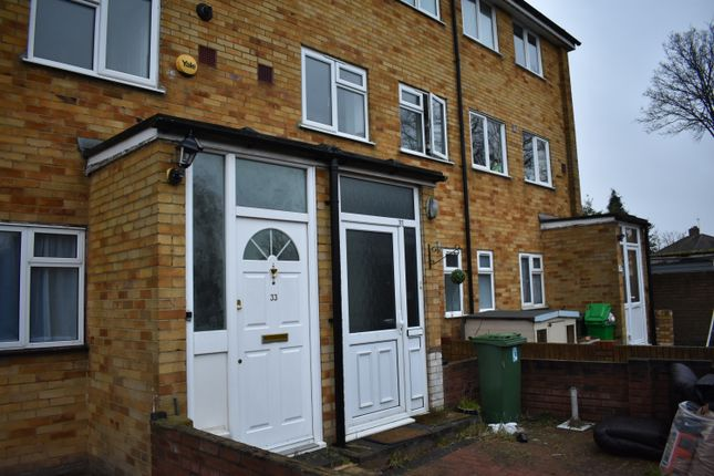 Thumbnail Maisonette to rent in Langdale Drive, Hayes