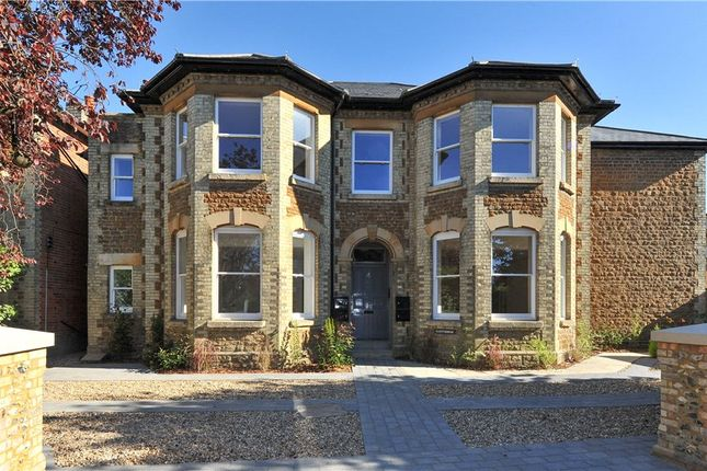Thumbnail Flat for sale in Glenthorne, West Road, Guildford, Surrey