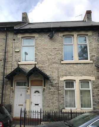 Thumbnail Flat for sale in Croydon Road, Arthurs Hill, Newcastle Upon Tyne