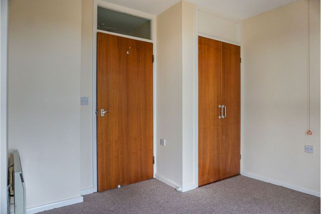 Bedroom of High Street, Dawlish EX7