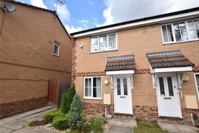 Thumbnail Town house to rent in Pitchstone Court, Farnley, Leeds