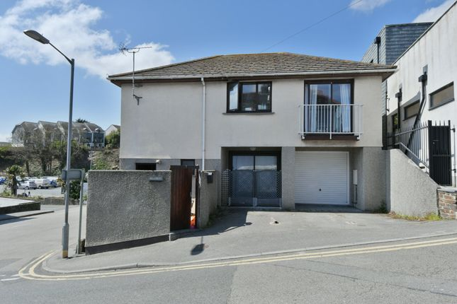 Thumbnail Detached house for sale in Quarry Hill, Falmouth
