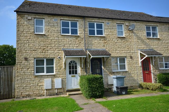 Thumbnail Terraced house to rent in Lancaster Place, Carterton