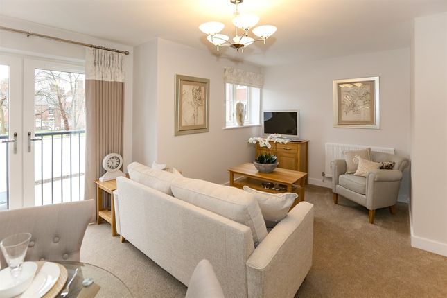 Thumbnail Property for sale in White Ladies Close, Worcester