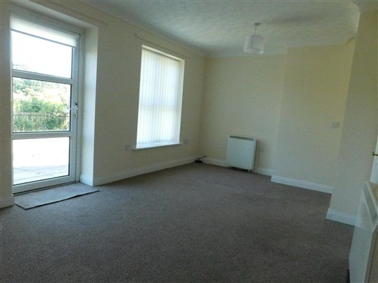 Flat to rent in Derby Road, Fulwood, Preston