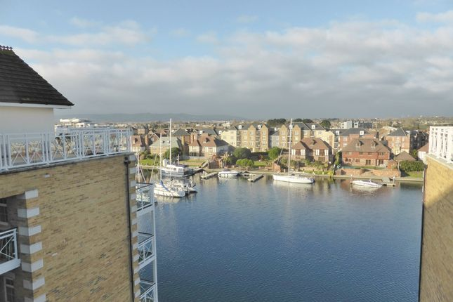 Thumbnail Flat for sale in Golden Gate Way, Eastbourne