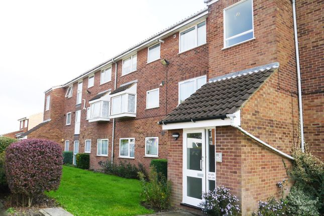Thumbnail Flat to rent in Shurland Avenue, Barnet