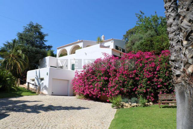 Thumbnail Villa for sale in Carvoeiro - Carvoeiro Club, Lagoa E Carvoeiro, Lagoa Algarve