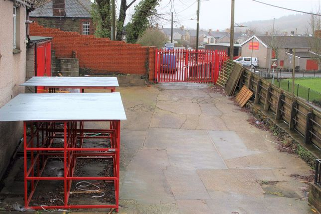 Property to rent in Park Road, Risca, Newport