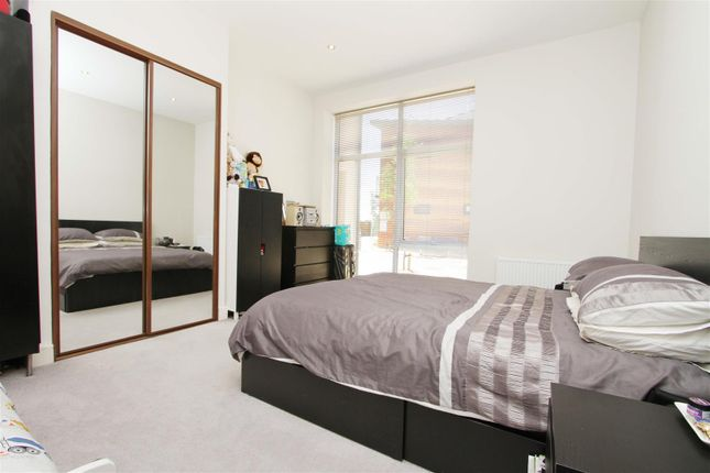 Bedroom of Kingswood Place, Hayes UB4