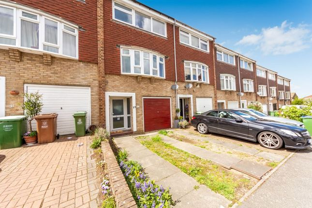 3 bed terraced house to rent in Hatherley Road, Sidcup DA14