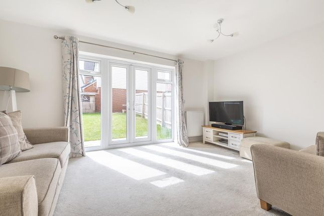 Living Area of Ashmead Street, Aylesbury HP18