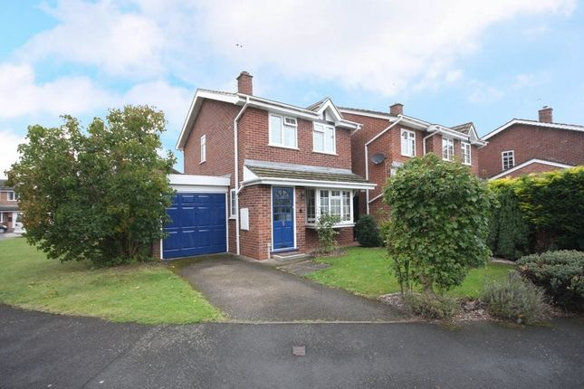 Thumbnail Detached house for sale in Hughes Close, Harvington