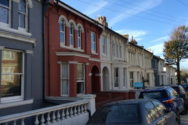 1 bed flat to rent in Eastern Road, Brighton