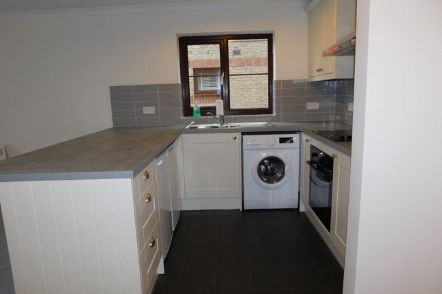 Fitted Kitchen of Crown Lodge, High Street, Arlesey, Beds SG15