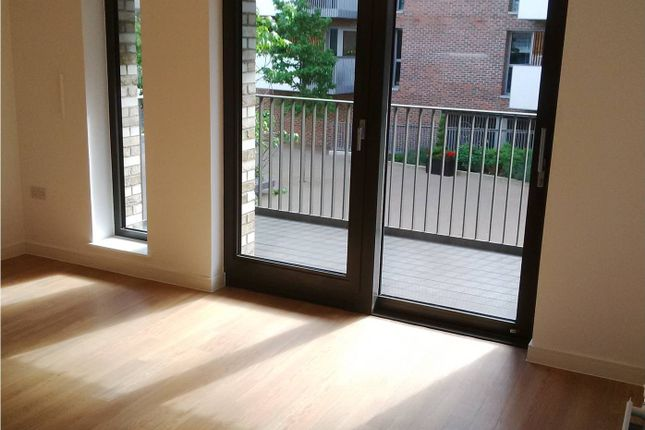 Thumbnail Flat for sale in Bramwell Way, Docklands