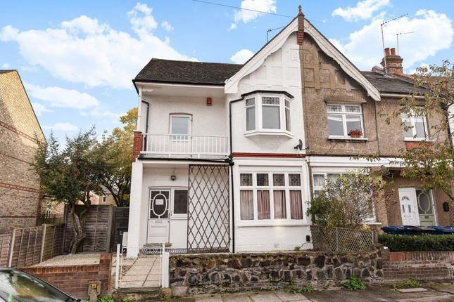 Thumbnail Flat for sale in Falkland Avenue, Finchley N3,