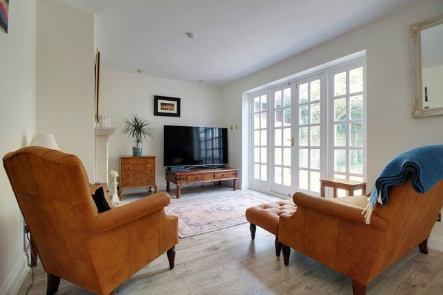 Thumbnail Cottage to rent in Sonning Eye, Reading