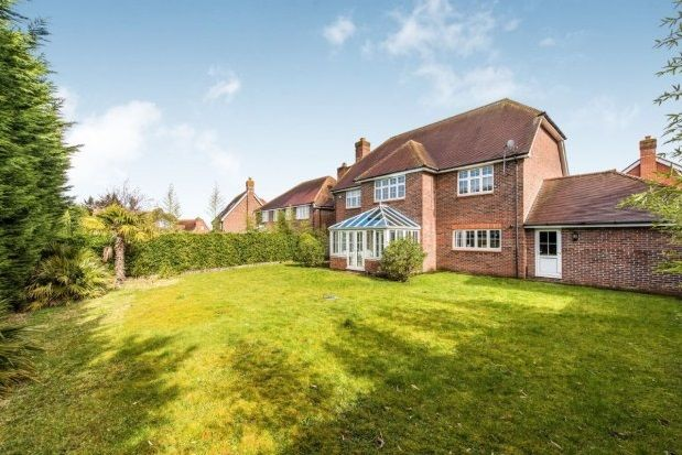 Thumbnail Detached house to rent in Goddard Close, Guildford