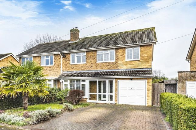 Thumbnail Semi-detached house for sale in Westfields, Abingdon