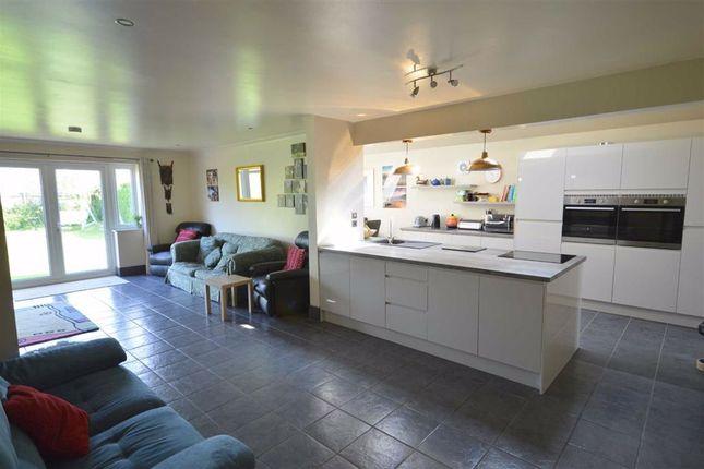 Family Room of Naish Road, Barton On Sea, New Milton BH25