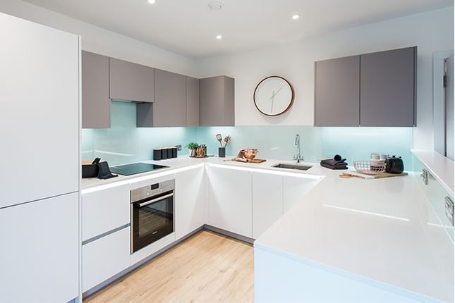 Thumbnail Town house for sale in 121 Pears Road, Hounslow