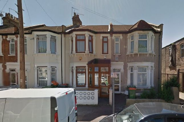 Thumbnail Terraced house to rent in Coleridge Avenue, London, Greater London.