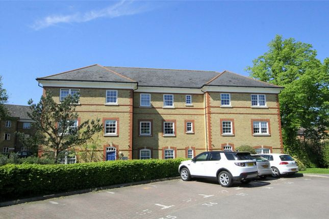 Thumbnail Flat for sale in Blackwell Close, London