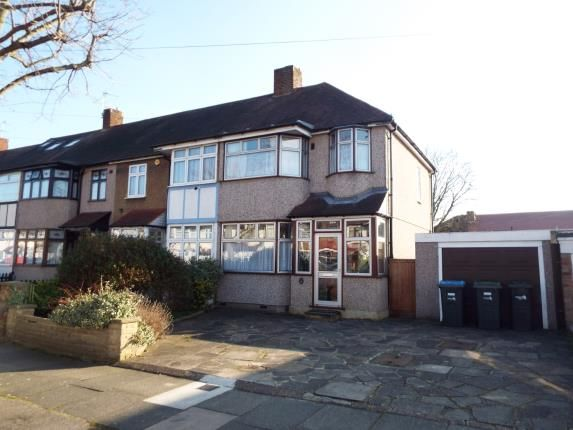 Thumbnail Semi-detached house for sale in Chestnut Road, Enfield