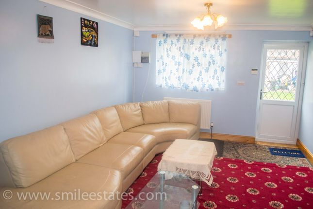 Thumbnail Flat to rent in Curtis Road, Hounslow