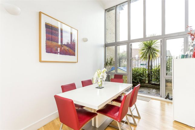 Thumbnail Terraced house to rent in Halstow Road, London