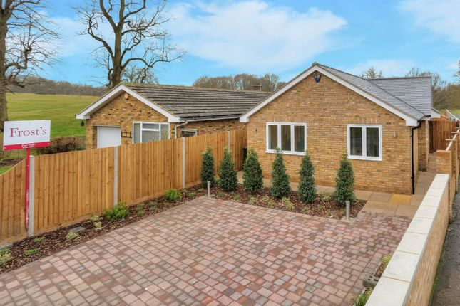 Thumbnail Bungalow for sale in Queens Road, Harpenden, Hertfordshire