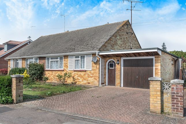 Thumbnail Semi-detached bungalow for sale in Oakfield Avenue, Hitchin