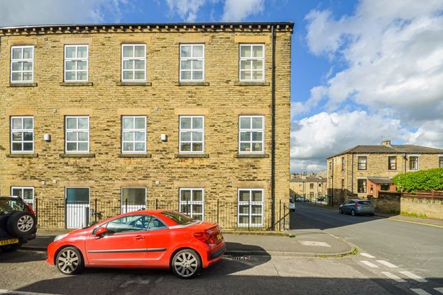 Thumbnail Town house for sale in 55 Brunswick Place, Heckmondwike