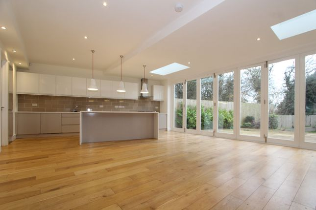 Thumbnail Semi-detached house to rent in Blake Road, London