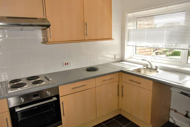 Kitchen of Stakes Hill Road, Waterlooville PO7