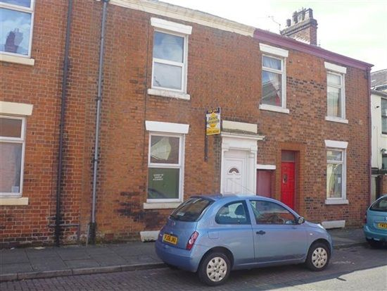 Thumbnail Property to rent in Kenmure Place, Preston