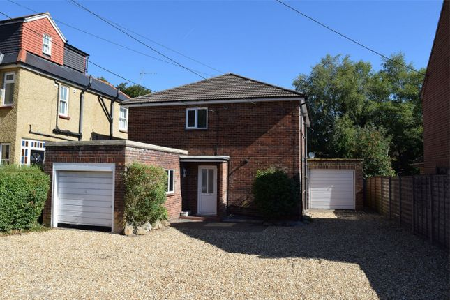 Thumbnail Flat for sale in Grasmere Road, Lightwater, Surrey
