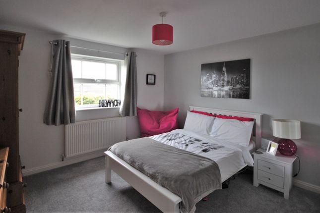 Bedroom of Lingfield Close, Tytherington, Macclesfield SK10