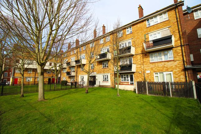 Thumbnail Flat to rent in Yorke Street, Southsea