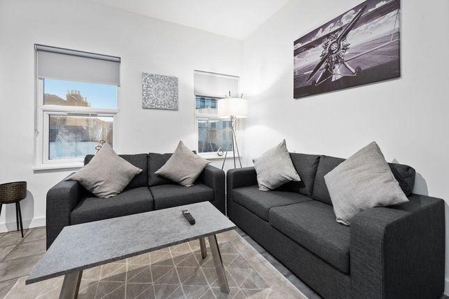 Thumbnail Flat to rent in Drayton Green Road, London
