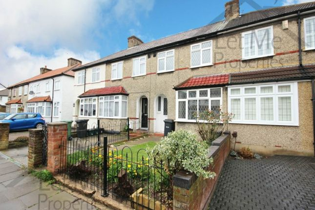 Thumbnail Terraced house to rent in Leyland Avenue, St Albans, Hertfordshire