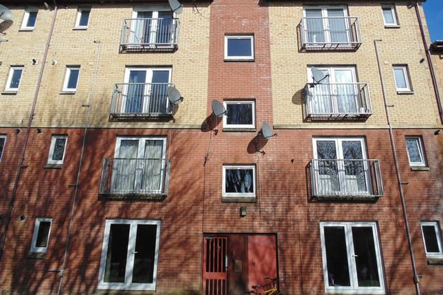 Thumbnail Flat for sale in Curle Street, Glasgow